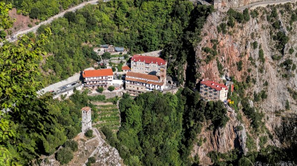 Μοναστήρι Προυσού