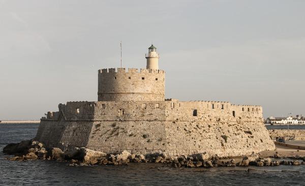 agios-nikolaos-castle